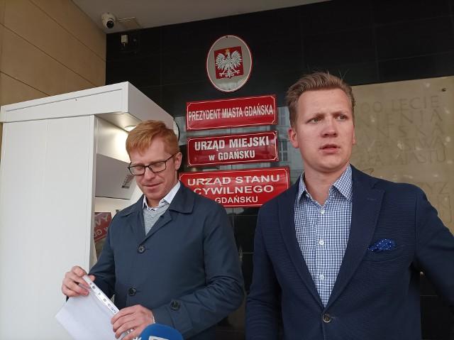 Wątpliwości wokół zamówienia 8 samochodów elektrycznych dla Gdańska