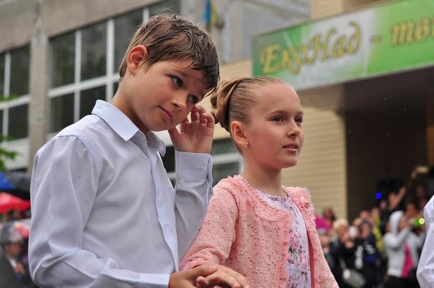 Niektóre dzieci potrzebują dłuższego czasu, by zaadaptować się w szkolnych warunkach