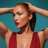 Jennifer Lopez prezentuje makijaż wykonany kosmetykami Inglota z Przemyśla