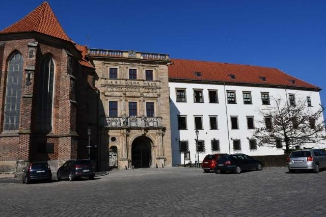 Brama brzeskiego zamku doczeka się renowacji. Do 9 lipca muzeum czeka na oferty od zainteresowanych wykonaniem prac.