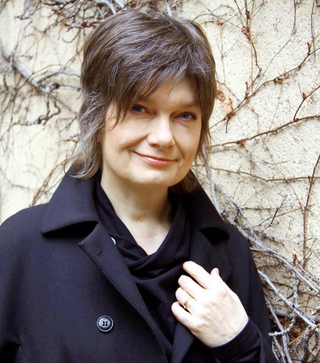 """""""Jak Arni i Dobek ratowali świat"""" to nowa książka Grażyny Lutosławskiej. Na spotkanie promocyjne z udziałem autorki zaprasza DDK Węglin. Odbędzie się ono w sobotę, przy ul. Judyma 2 a. Początek o godz. 12"""