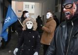 """""""Marsz Niewolników"""" w Radomiu. Sprzeciwiają się obostrzeniom nałożonym przez rząd - zobacz zdjęcia"""