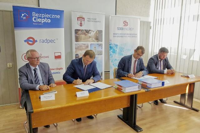W poniedziałek podpisano ważną umowę na modernizację kotłów w ciepłowniach.
