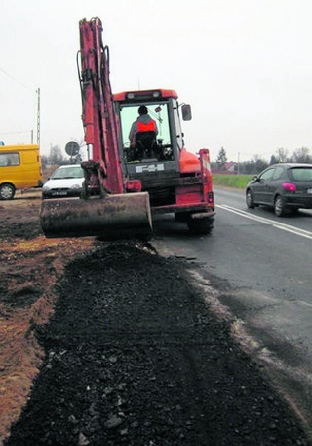 Gdy skończy się zima, na drogi wyjedzie sprzęt, z pracami ruszą drogowcy.