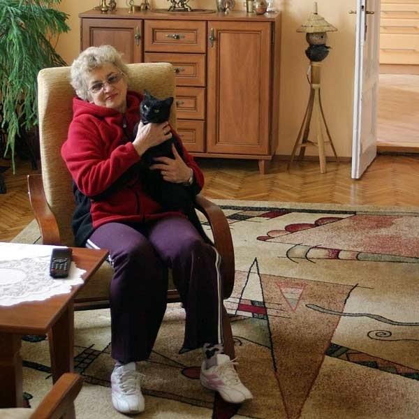 - Kiedy ekipa filmowa wejdzie do mojego mieszkania, pójdę mieszkać na górę do syna. W razie czego mam też dom w Trzebownisku - mówi pani Krystyna.