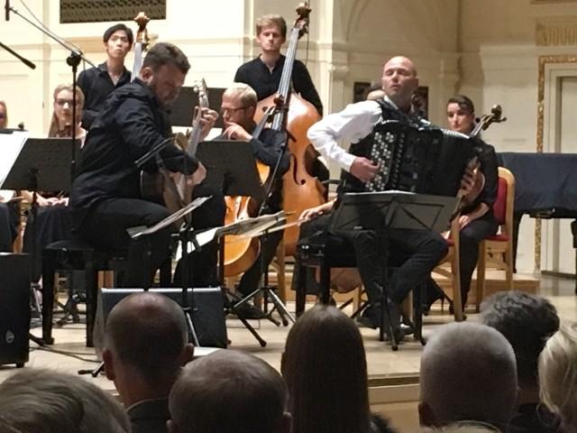 Akademia Gitary: Poznańska inauguracja z czterema bisami