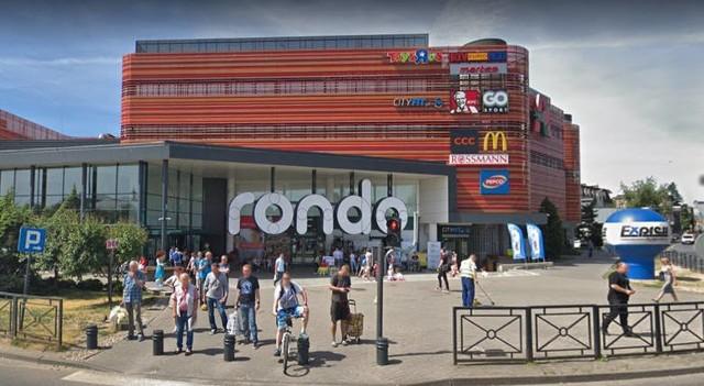 Przyłapani przez kamerę Google Street View na ulicach Bydgoszczy - zdjęcia.