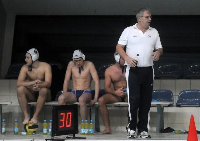 Trener Piotr Diakonów i jego podopieczni z GKPW 59 nie dali rady szczecińskim liderom ekstraklasy
