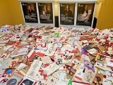 Znieważali symbole narodowe, teraz piszą kartki do uczestników Powstania Warszawskiego