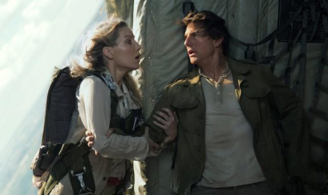 """W kategorii najgorszy aktor zwyciężył tegoroczny stuprocentowy faworyt – Tom Cruise za rolę komandosa Nicka Mortona w filmie """"Mumia"""" w reżyserii Aleksa Kurtzmana"""