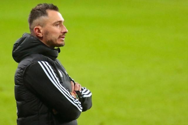Trener Marek Saganowski musiał przełknąć porażkę Motoru z Wigrami Suwałki