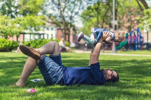 Dzień Ojca 2019 Najlepsze życzenia Na Dzień Ojca Wierszyki