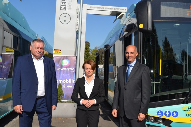 Jaworzno: minister Emilewicz w PKM. Rozmowy o elektromobilności