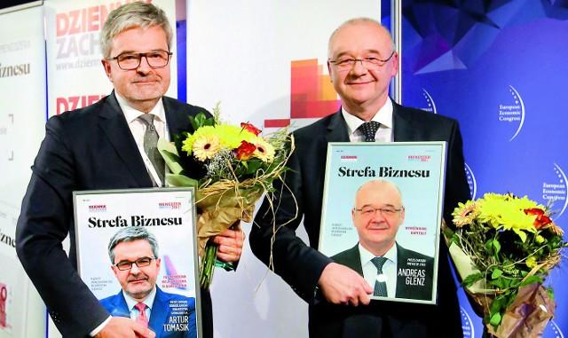 Prezes GTL  Artur Tomasik (od lewej), Top Menedżer 2016, oraz prezes Prevac Andreas Glenz, zdobywca I miejsca w kategorii średnie przedsiębiorstwo