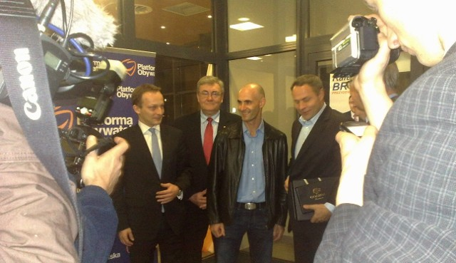 Na wieczór wyborczy Bruskiego przyjechał Tomasz Gollob
