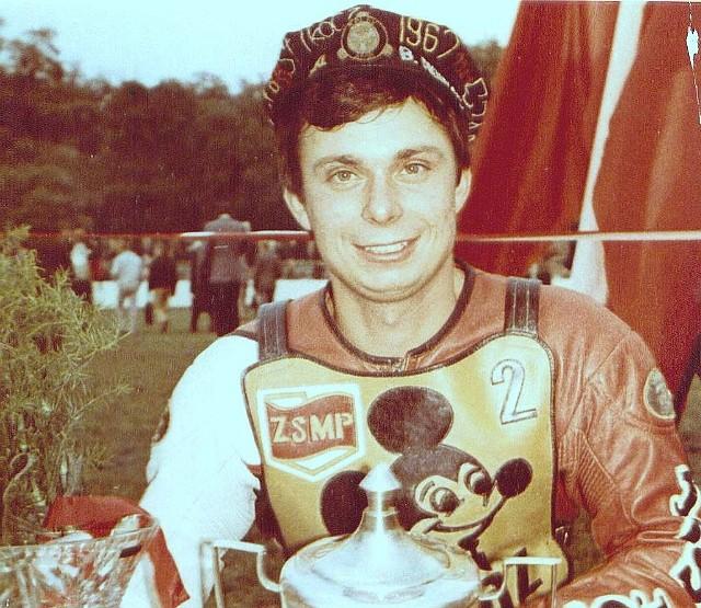 Maciej Jaworek, żużlowiec Falubazu Zielona Góra, był indywidualnym mistrzem Polski w sezonie 1986.