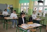 Uczniowie z Brzezin pisali próbny egzamin ósmoklasisty. Próbny egzamin ósmoklasisty w Brzezinach
