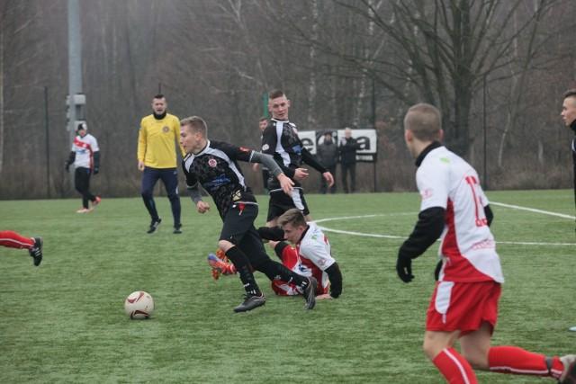 W trakcie przygotowań do wiosny trener ŁKS zaplanował mecze sparingowe, w których wystąpią nowi piłkarze