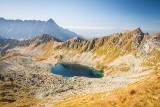 Tatry. Magiczne kolory na Przełęczy Zawrat. Zapierające dech w piersiach tatrzańskie widoki [ZDJĘCIA]
