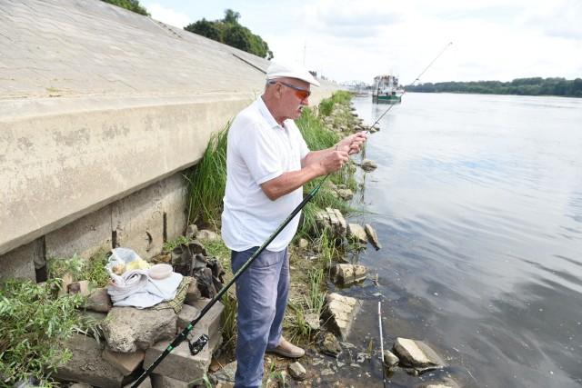 Janusz Cichoradzki na rybach nad Wisłą