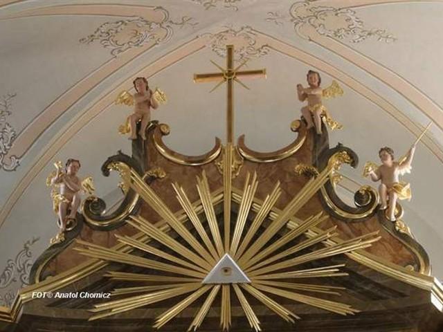 Wnętrze kościoła w Choroszczy