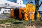 Trwa rozbudowa SOR-u Szpitala Miejskiego im. Strusia w Poznaniu. W namiotach będą prowadzone wstępne wywiady z pacjentami [ZDJĘCIA]