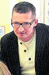 Bogusław Olejniczak: Szatańskie metody wydawców szkolnych podręczników
