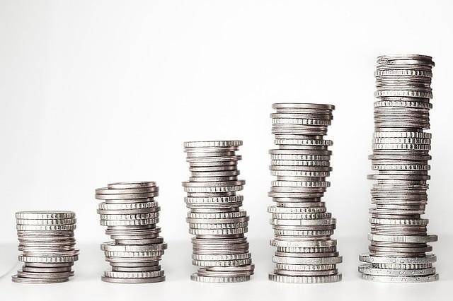 Pensja minimalna 2019 wzrośnie! O ile? Stanisław Szwed przekazał dziś informację o tym, jakie minimalne wynagrodzenie w 2019 roku proponuje rząd.