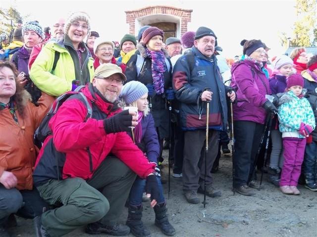 Na Kopę weszło kilkuset turystów.