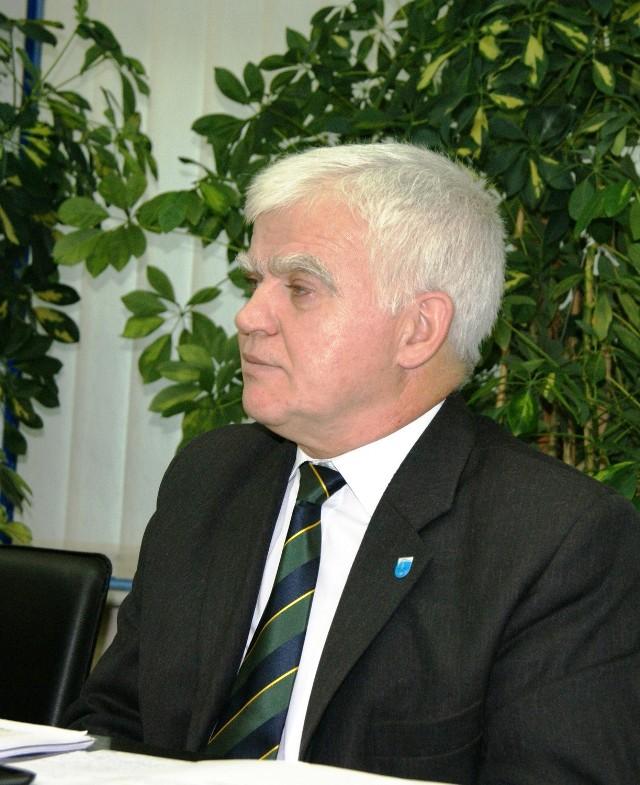 Trzeba się dobrze przygotować, by wykorzystać unijne pieniądzeNajważniejsze są inwestycje drogowe i inwestycje w bazę szkół – mówi starosta Andrzej Matynia.