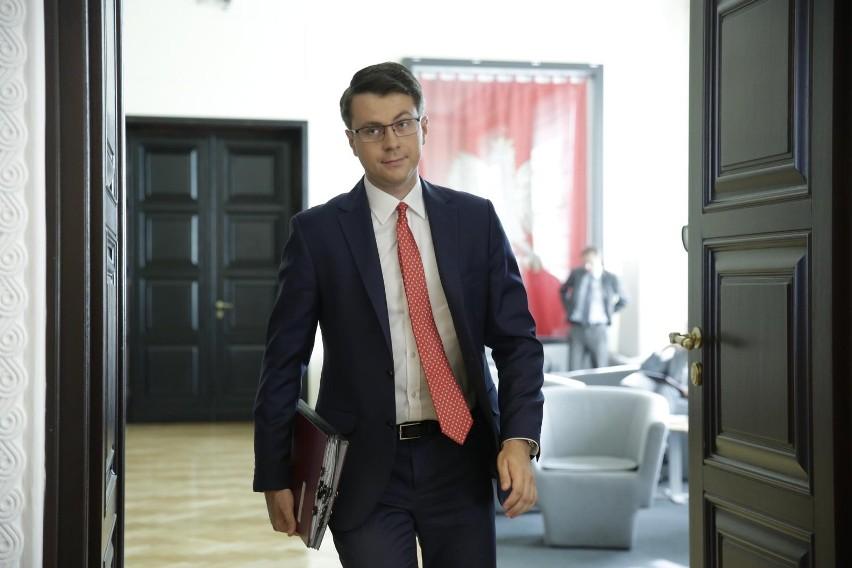 Piotr Müller o ograniczeniach związanych z pandemią...