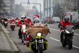 MotoMikołaje Białystok. Motocykliści przejechali przez Białystok. Mają prezenty dla podopiecznych domów dziecka (zdjęcia)