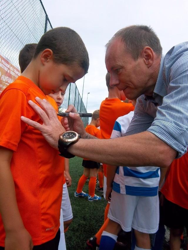 Piotr Reiss często uczestniczy w zajęciach młodych zawodników