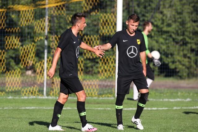 Dwa największe asy Wieczystej - Sławomir Peszko (z lewej) i Radosław Majewski - zdobyli razem 113 goli zdobytych w oficjalnych meczach