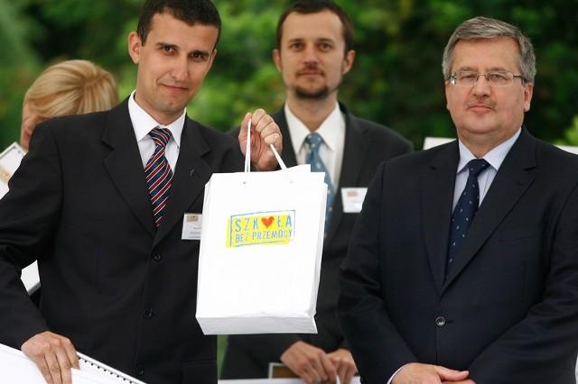 Przed rokiem konkurs na Wychowawcę Roku na Podkarpaciu wygrał   Adam Nazimek, nauczyciel informatyki z I LO w Łańcucie.