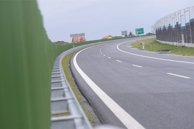 Regionalna Dyrekcja Ochrony Środowiska podjęła decyzję o tym, że północno-wschodnia obwodnica Aglomeracji Poznańskiej jednak nie powstanie.
