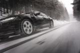 Nowe unijne etykiety na oponach pomagają kierowcom - szczególnie tym kupującym w internecie