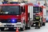 Pożar skupu złomu w Przysiece Polskiej. Od 3 czerwca strażacy walczą z żywiołem. Na miejscu 15 zastępów straży pożarnej