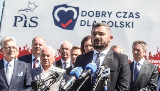 Sztab Andrzeja Dudy składa pozew przeciwko Rafałowi Trzaskowskiemu