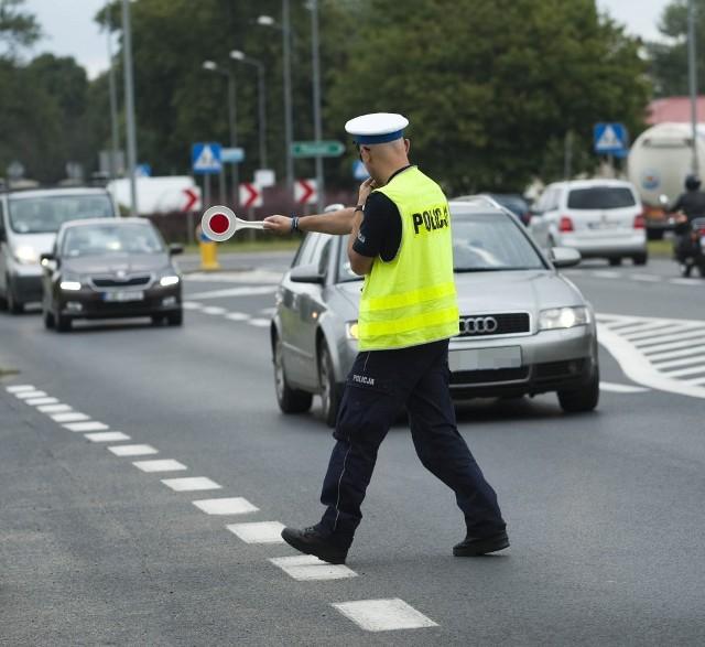 Od 16 do 22 września policjanci drogówki w krajach Unii Europejskiej ze szczególną uwagą będą przyglądać się poczynaniom kierowców. Celem siedmiodniowej akcji jest obniżenie do zera dziennej liczby osób zmarłych wskutek wypadków.