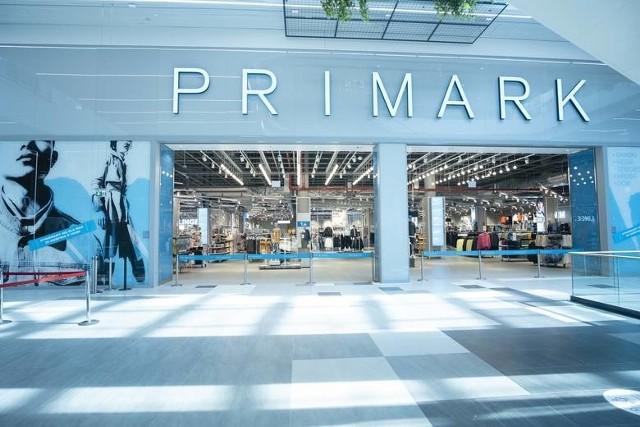 Pierwszy Primark w Polsce został otwarty w ubiegłym roku w Warszawie w Galerii Młociny. Kolejny sklep zostanie otwarty po weekendzie majowym w Poznaniu