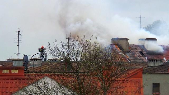 Pożar kamienicy na Rynku KościuszkiRynek Kościuszki, Białystok. Pożar kamienicy.