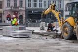 Co się dzieje na Starym Rynku w Bydgoszczy? Zajrzeliśmy na plac budowy