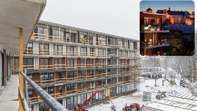 Trwa budowa apartamentowca i hotelu przy ul. Stradomskiej 12-14.