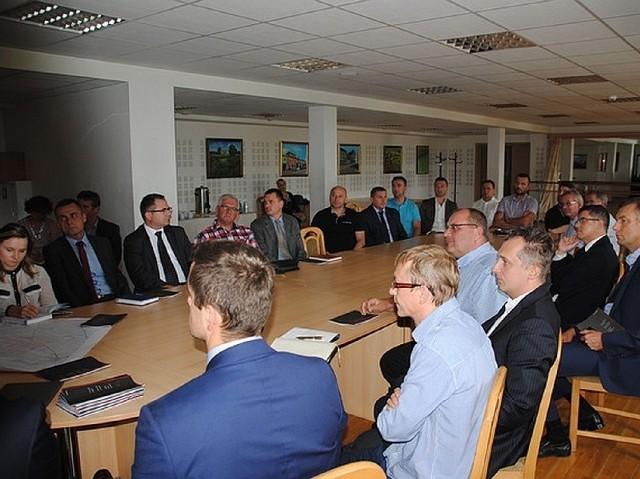 Coraz więcej firm zainteresowanych inwestowaniem w powstającej koło Jędrzejowa podstrefie ekonomicznejW piątek odbyło się spotkanie przedsiębiorców z przedstawicielami Krakowskiego Parku Technologicznego