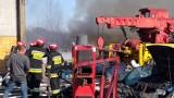 Pożar w Miastku. Pożar na terenie zakładu mechaniki pojazdowej w Miastku. Strażacy walczyli z ogniem (zdjęcia,wideo)