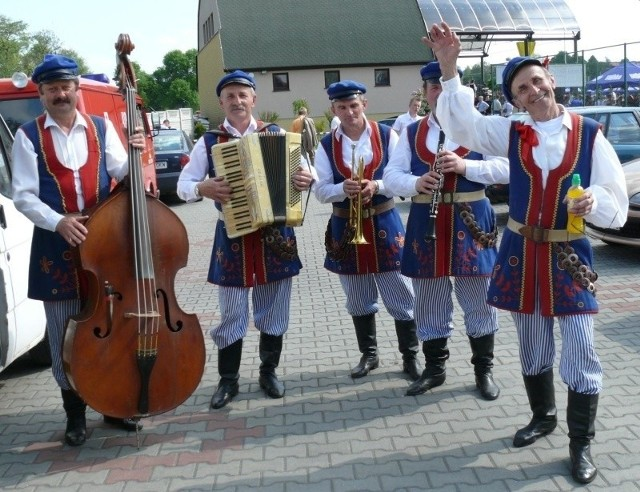 Stefan Wyczyński i Kapela z Lubczy wystąpią na finał drugiego dnia festiwalu.