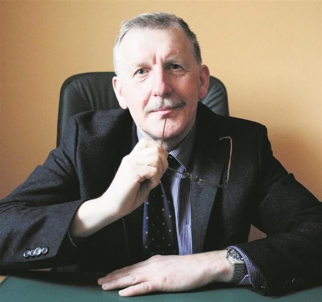mecenas Dariusz Strzelecki