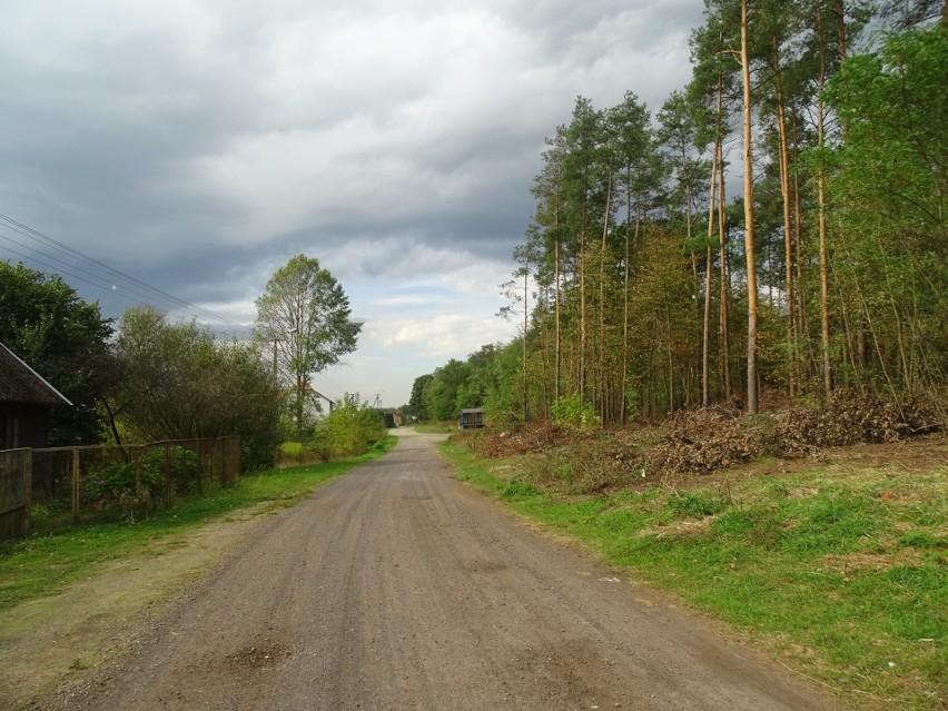 W Wacławowie pod Zwoleniem powstanie 1,2 kilometra nowej drogi asfaltowej za prawie 800 tysięcy złotych