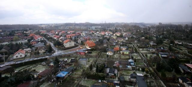 Widok na Siemianowice Śląskie z bloku w dzielnicy Bytków.Zobacz kolejne zdjęcia. Przesuwaj zdjęcia w prawo - naciśnij strzałkę lub przycisk NASTĘPNE